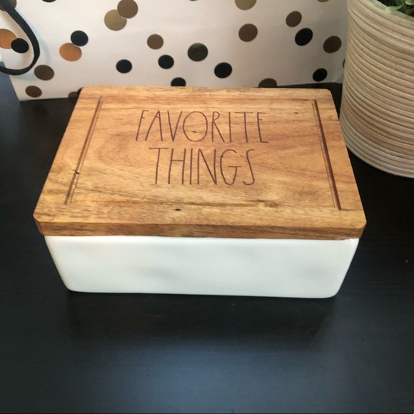 Rae Dunn FAVORITE THINGS jewelry box